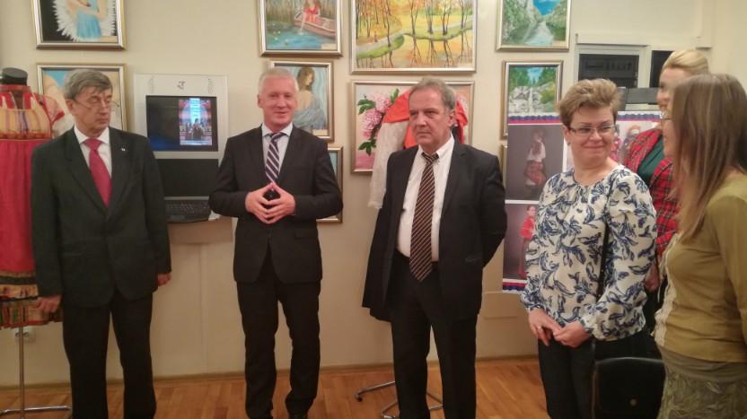 Ambasadorul Rusiei a venit la Ploieşti cu ocazia Zilelor Culturii Ruse-Video