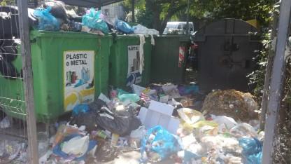 Rosal nu mai vrea să ridice gunoiul din Ploieşti şi alte 33 de localităţi din Prahova