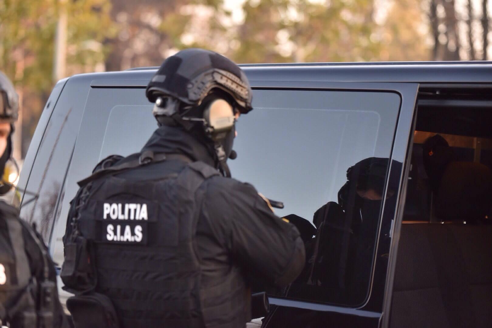 Percheziții în Ploiești și Brăila la domiciliile unor hoți. Află cum acționau!