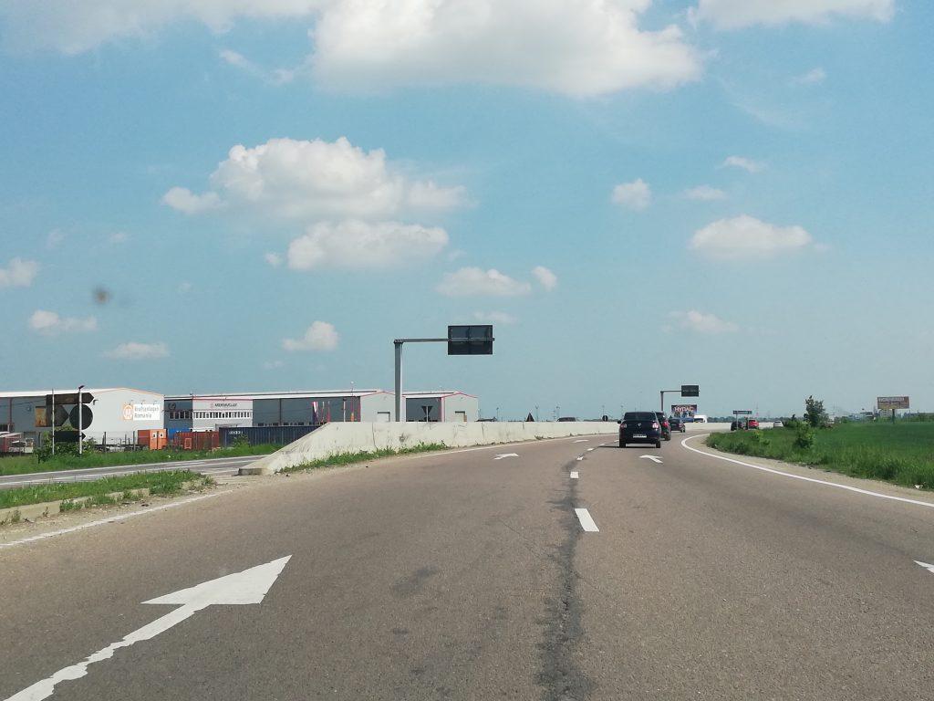 DN1: Urmărit de polițiști pentru viteza mare, un șofer s-a ales cu dosar penal