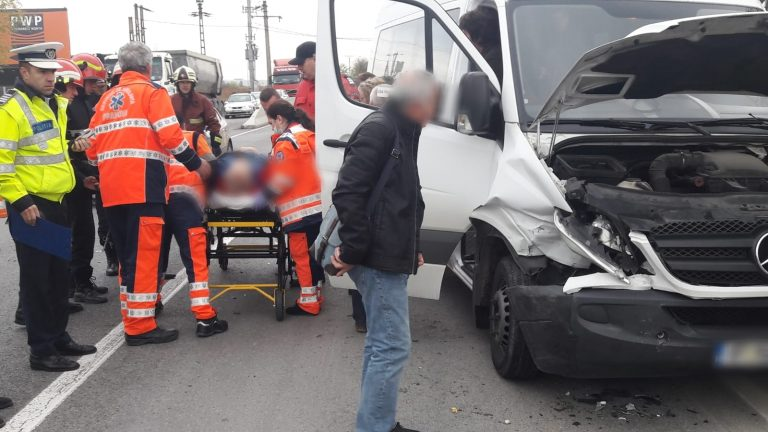 Un bărbat a fost rănit în urma unui accident pe Centura de Vest a Ploiestiului
