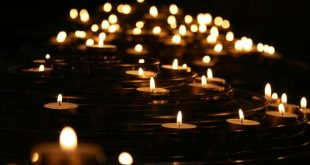 Studenţii de la UPG Ploieşti şi alţi voluntari vor aduce Lumina Sfântă în casele ploieştenilor