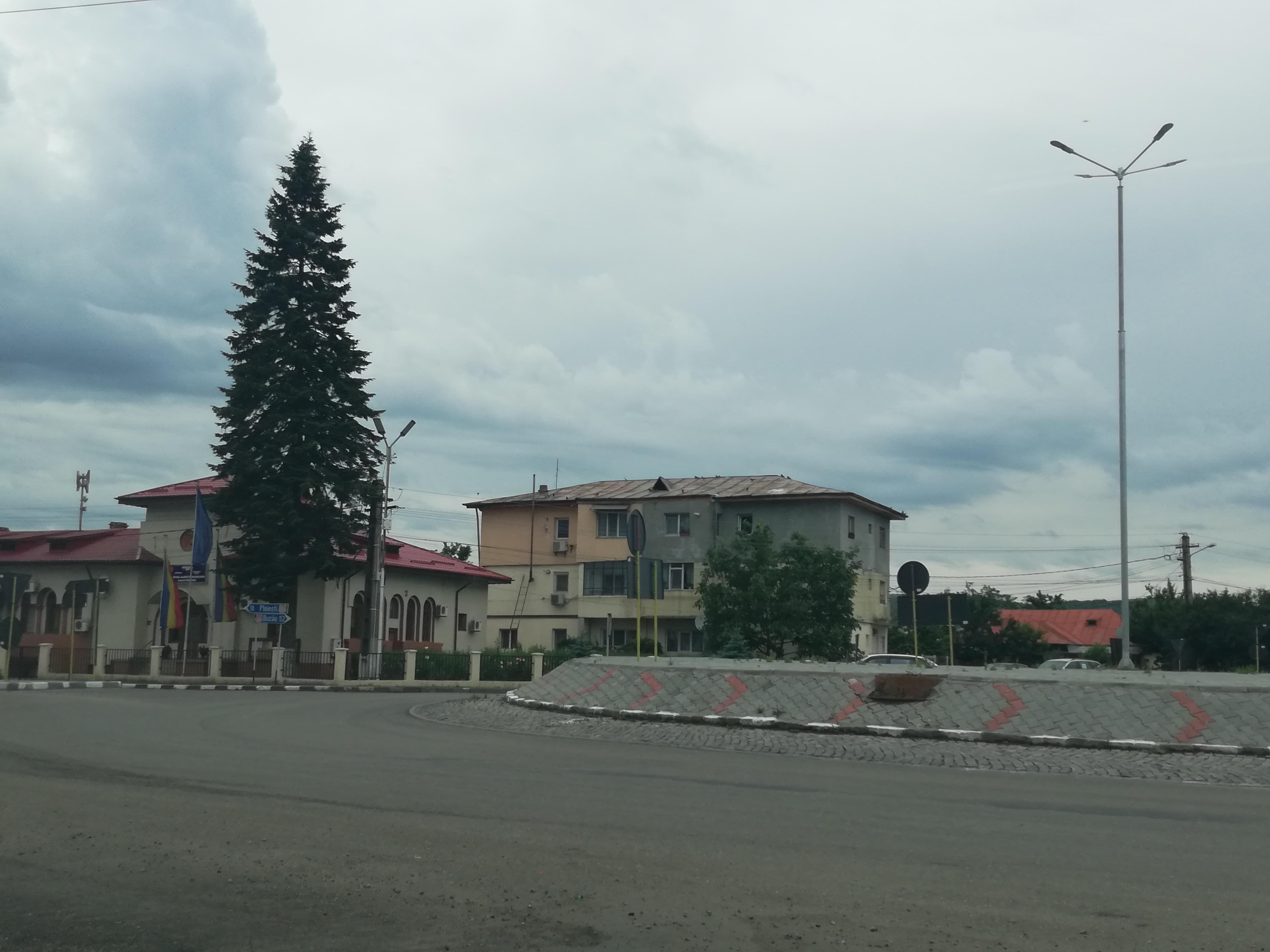 Accident rutier la Albești. Un tânăr a ajuns la spital
