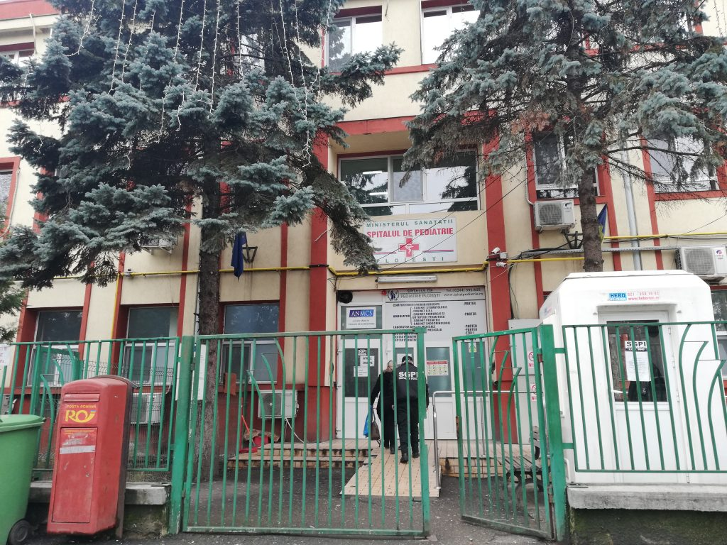 Ploieşti: Copil în stop cardio-respirator dus la spital de la şcoală