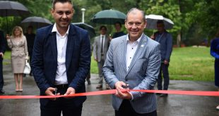 Video-Alexandru Sofrone a deschis un dom astronomic la Bucov cu fonduri dintr-un program Start-Up Plus